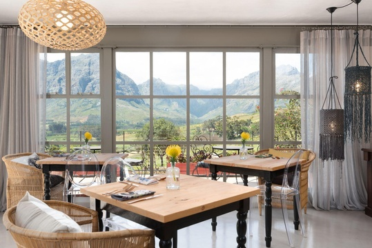 restaurants banhoek valley